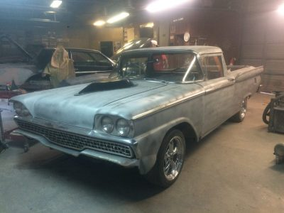 1959 Ford Ranchero Custom Mod Triton 5.4L (2 valve) Auto AOD (4 Speed Auto Transmission) $4500 - Needs to be finished, great restoration project